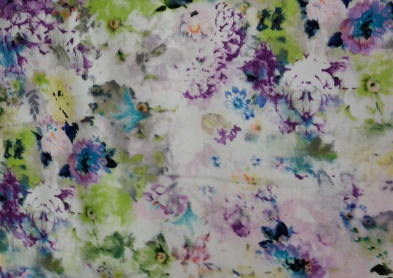 detail fialovej látky