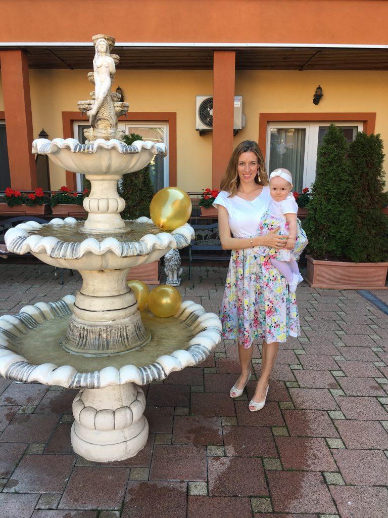 Spoločenské šaty na kojenie - Let's celebrate spolu s bábätkom