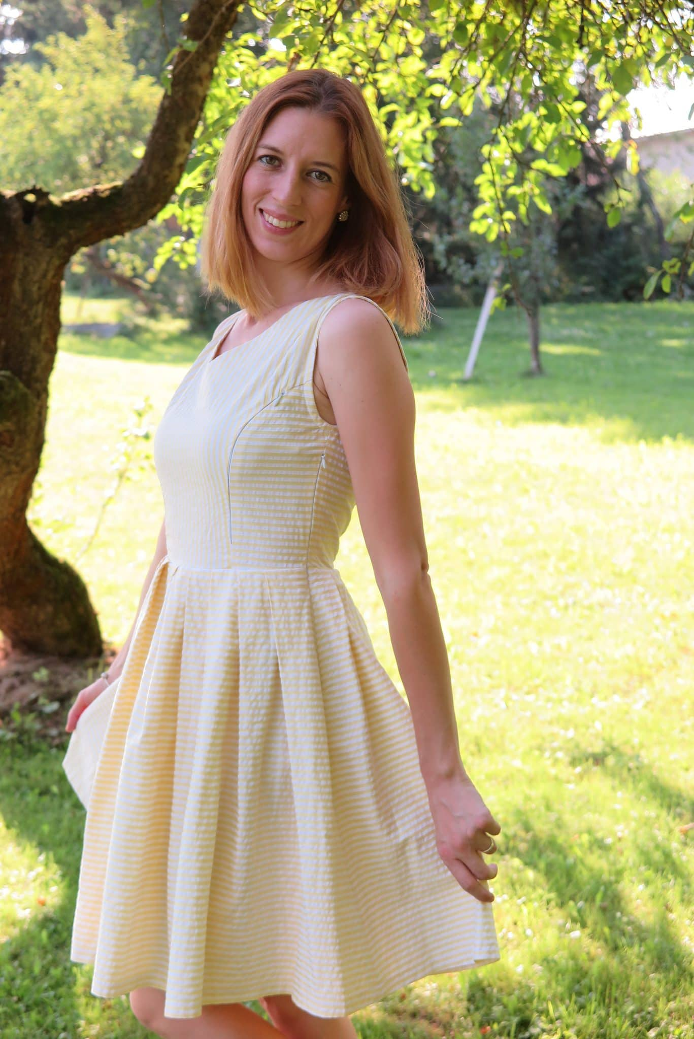 6b5389a4456a Šaty YELLOW LEMON - Blúzky na dojčenie pre lepšie kojenie ...